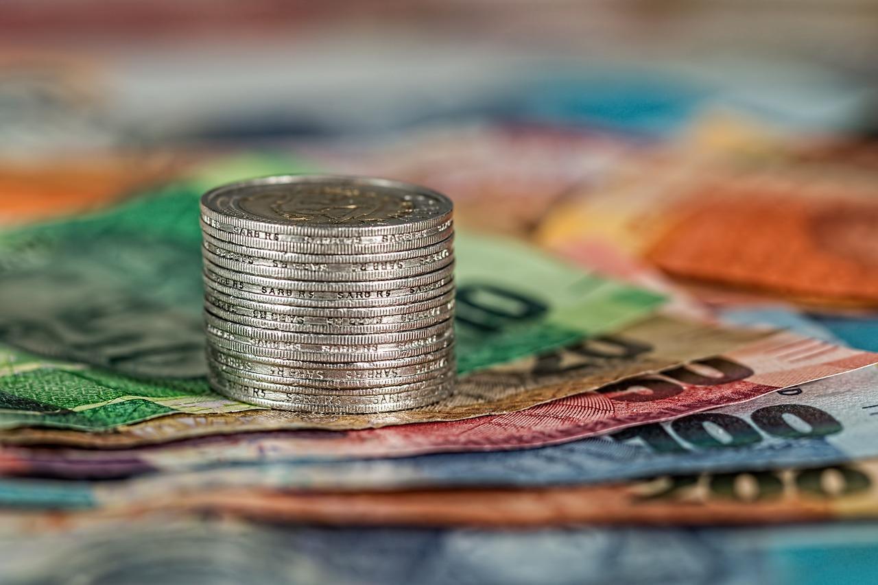 Student savings cash money coins